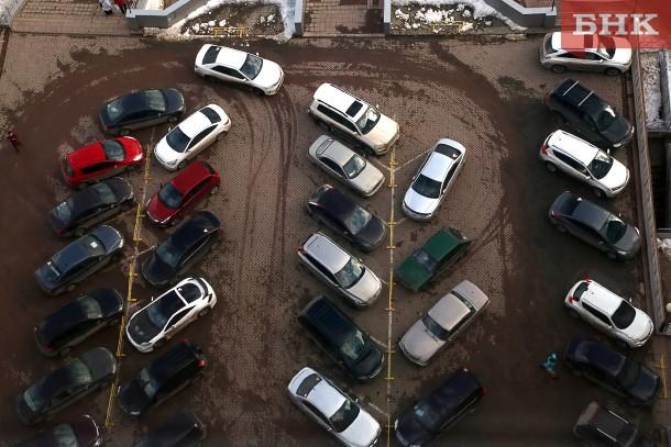 Каждая седьмая семья в Коми в любой момент может купить себе автомобиль